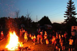 camping-feu-de-camp